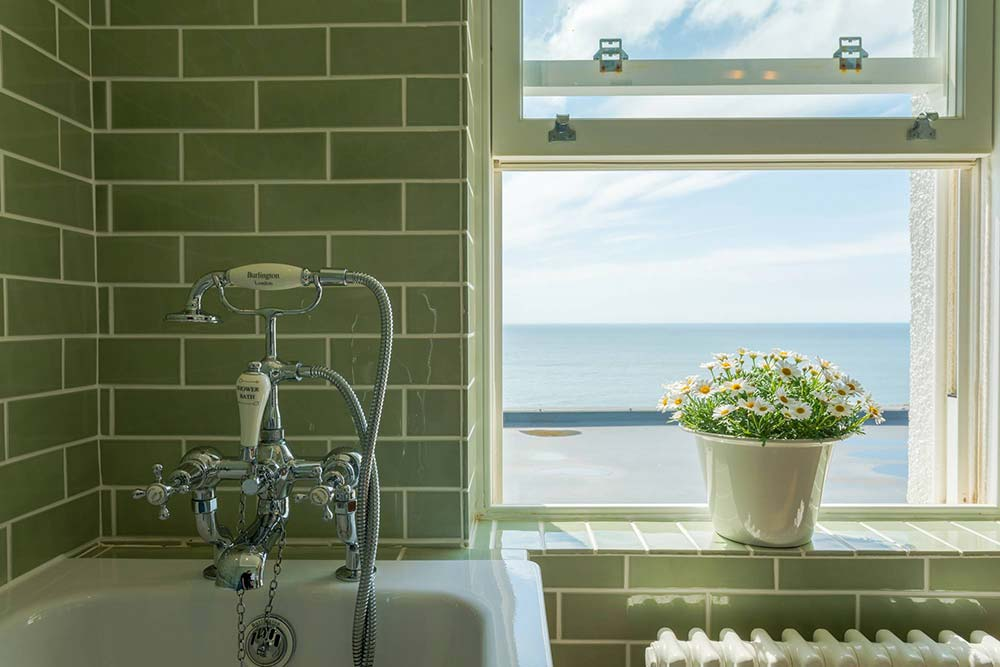 Bathroom at the Seaside Boarding House in Burton Bradstock