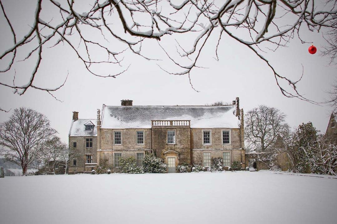 Mapperton House – Winter Wedding Venue