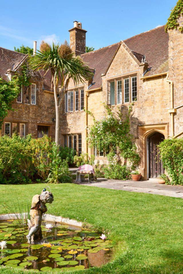 Symondsbury Manor gardens